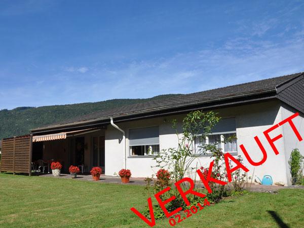 Das perfekte Haus für die junge Familie! Freistehend, grosser Garten, ruhige Lage.