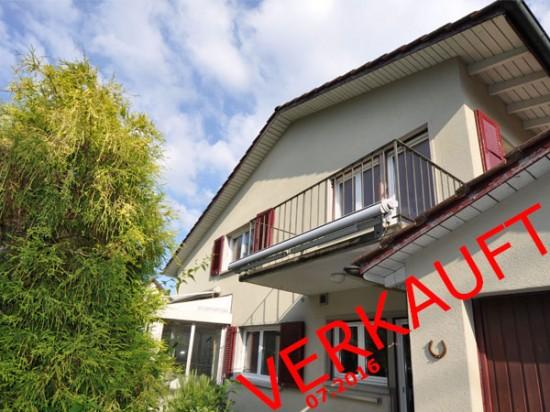 PORT: Freistehendes 6-Zimmer-EFH mit Wintergarten und grossem Hobbyraum!
