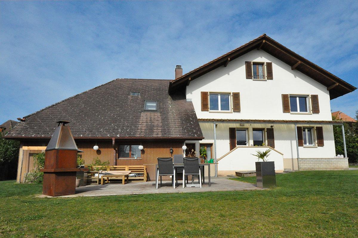 Einfamilienhaus mit Hobbyraum in Täuffelen