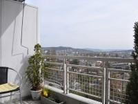 06-balkon.jpg