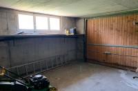 12-garage.jpg